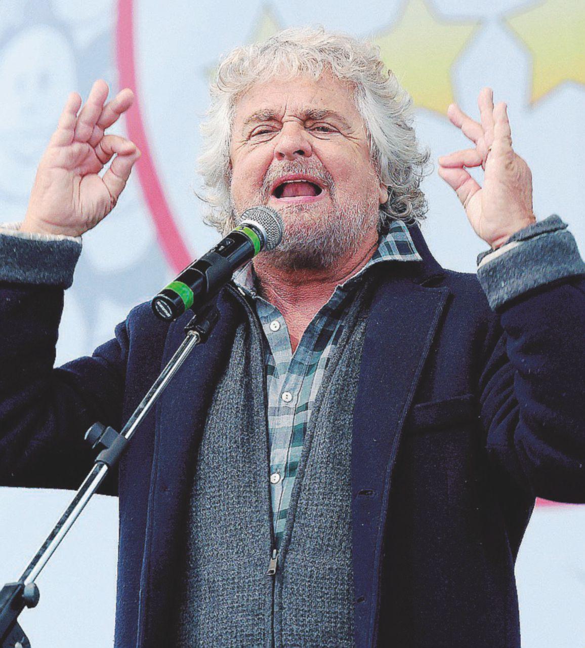 """Firme false, Grillo avverte: """"Via chi ha sbagliato"""""""