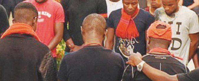 Mafiosi nigeriani ai funerali con Boschi