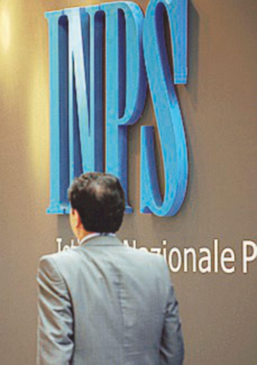 I conti dell'Inps: -3,8 miliardi rispetto al rosso del 2014