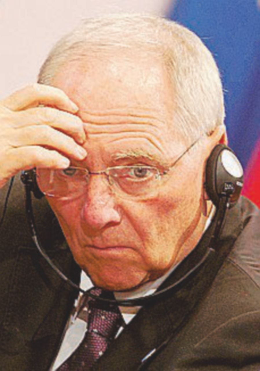 "Schäuble vota Sì: ""Spero in Renzi anche se perde"""