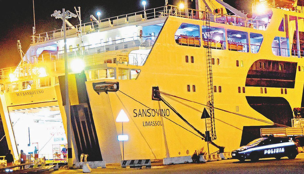 Il lavoro uccide ancora. Tre vittime su una nave