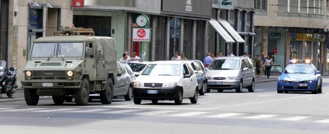 """Milano, il sindaco Sala: """"Poca sicurezza nelle periferie? L'esercito in via Padova"""". Salvini: """"Dovrebbe vergognarsi, ridicolo"""""""
