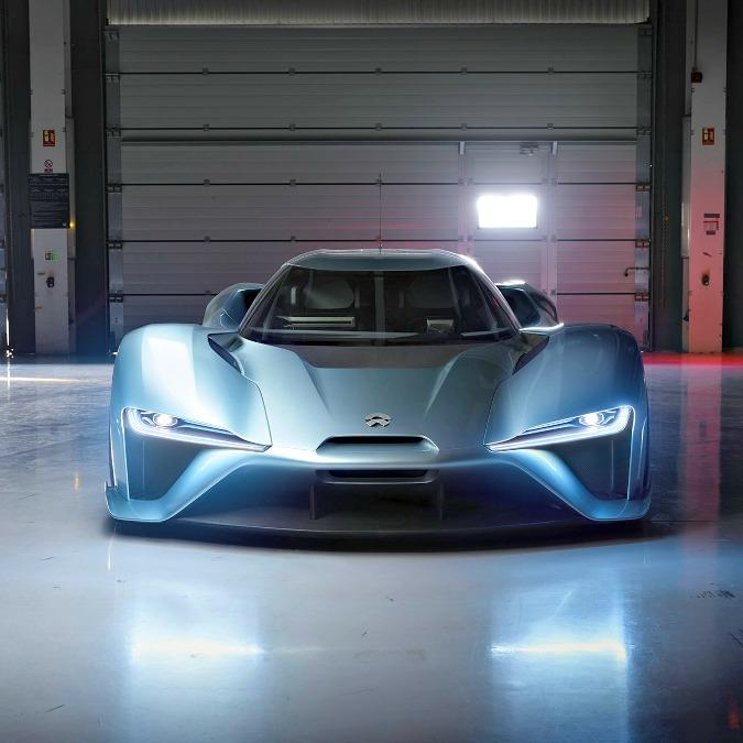Nio EP9, la supercar elettrica strappa il record al Nurburgring – FOTO e VIDEO