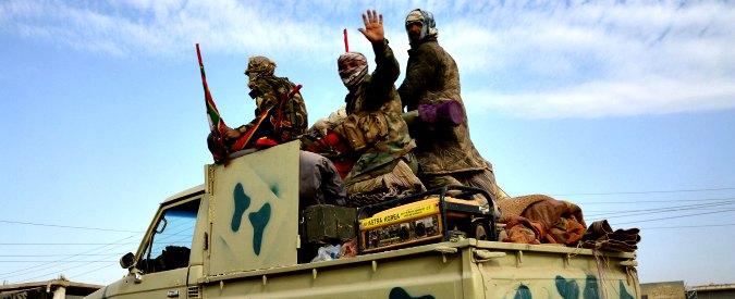 Iraq, Parlamento legalizza le milizie sciite: potranno entrare a Mosul. Ira dei sunniti