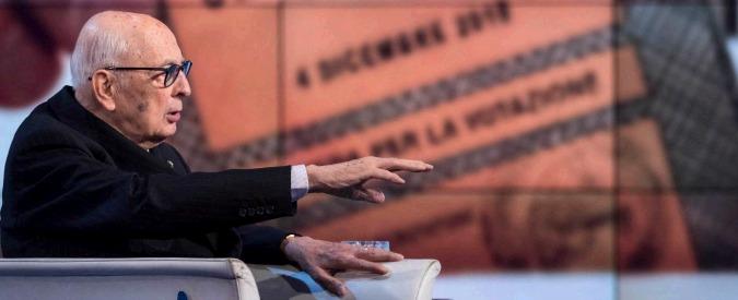 """Referendum, la """"sfida aberrante"""" di Napolitano: """"Votate sì, riforma simile a quella di Berlusconi"""""""