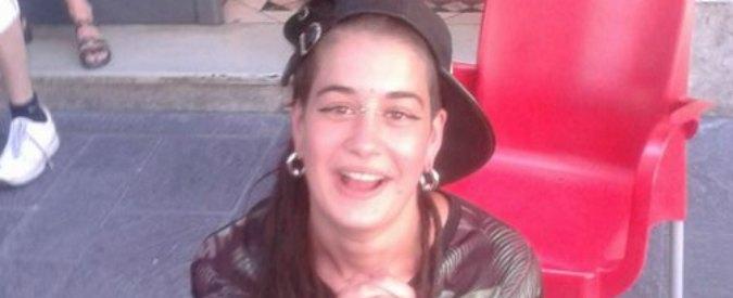 Bologna, 25enne incinta trovata morta. La madre posta su Facebook la foto del cadavere