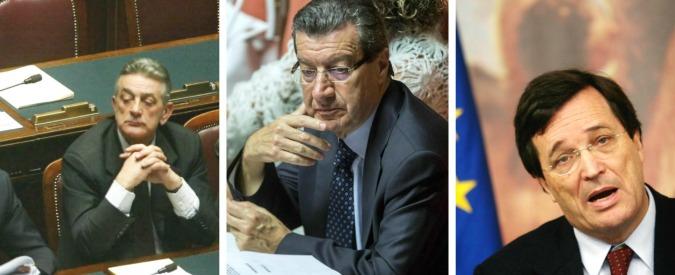 """La Regione abolisce i doppi vitalizi ai consiglieri. Ex parlamentari ricorrono: """"Lo slogan del cumulo? Una cazzata"""""""