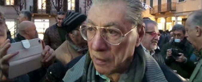 Umberto Bossi, condannato a un anno per vilipendio anche in Appello: diede del terrone a Napolitano