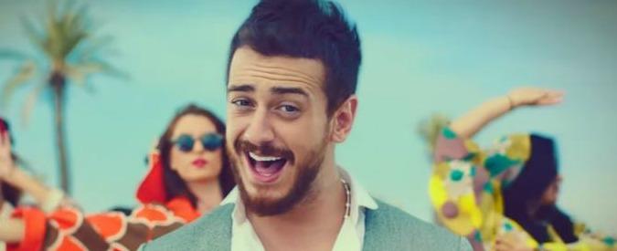 Saad Lamjarred, cantante marocchino in carcere per stupro a Parigi. Il re manda il suo avvocato per difenderlo