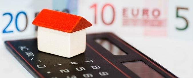 """Legge di Bilancio, emendamento per nuova tassa casa con aliquota più alta. Poi Pd lo ritira: """"Ce l'ha proposto l'Anci"""""""