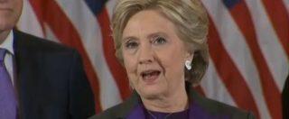 """Trump, Hillary Clinton: """"Mi dispiace, ma è il nostro presidente"""". E piange: """"Battetevi sempre per ciò in cui credete"""""""