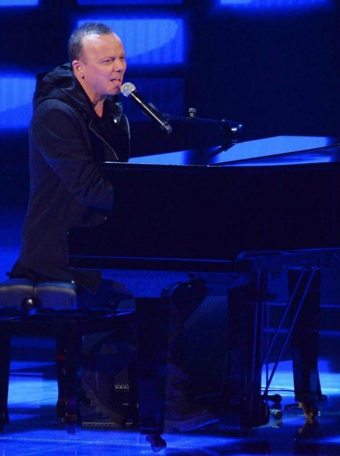 Gigi D'Alessio fermato da Orlando: no al concerto di capodanno a Palermo
