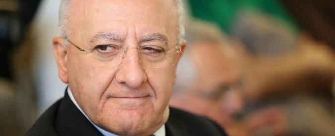 "De Luca e le ""clientele"" sul referendum: ""Sanzioni dal Pd? Ma lui scherzava"""