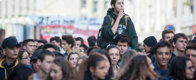 Giovani, l'Italia non se ne cura: se lo facesse beneficio sarebbe dell'8-9% del Pil
