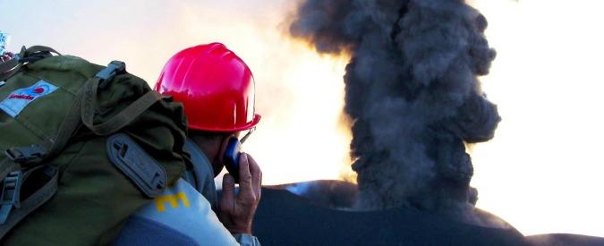 Osservatorio Etneo: chiuso per le attività di monitoraggio del vulcano, ma aperto per una mostra di vini locali