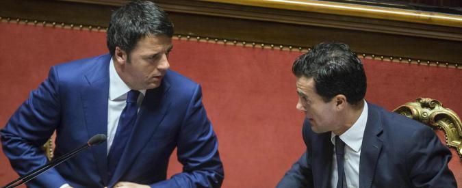 """Ue, Italia blocca revisione bilancio. Renzi: """"Con i nostri soldi alzano muri"""". Gozi: """"Stanchi di contraddizioni europee"""""""
