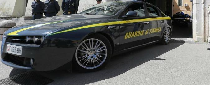 Calabria, sequestrati 75mila euro a presidente del coordinamento antimafia: 'Malversazione e appropriazione indebita'