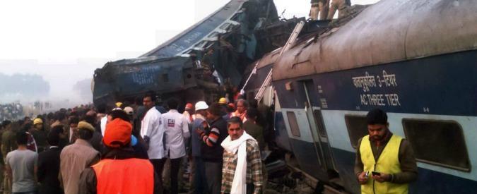 India, deraglia un treno: più di 100 morti e oltre 150 feriti
