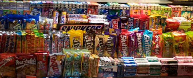 Cibo spazzatura: i bambini italiani sono i più grassi del mondo, facciamo qualcosa?