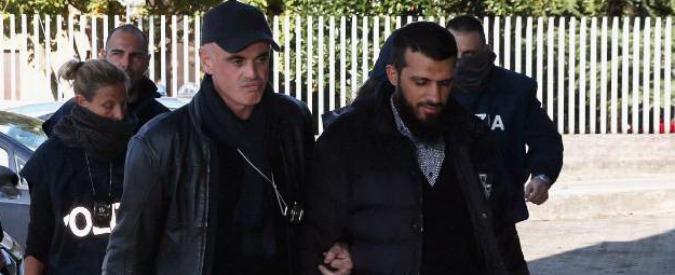 """Terrorismo, arrestato kosovaro: """"Inneggiava al jihad: foto figlio di due anni con simboli Isis"""""""