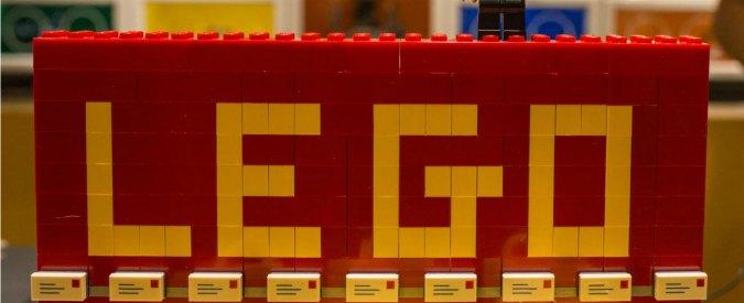 """Lego non farà più pubblicità sul Daily Mail: atteggiamento """"razzista"""" e """"intollerante"""""""