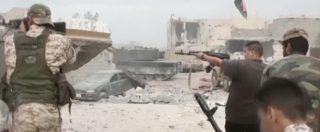 """Tripoli, islamisti assaltano tre ministeri. Ghwell: """"E' golpe, torna nostro governo"""". Esercito: """"Abbiamo ripreso il controllo"""""""