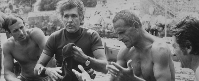 Enzo Maiorca morto, addio al Signore degli abissi. Recordman di immersione in apnea, arrivò a -101 metri