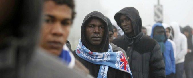 Migranti, 'pestaggi negli hotspot ed espulsioni illegali'. Questa è l'accoglienza dell'Italia