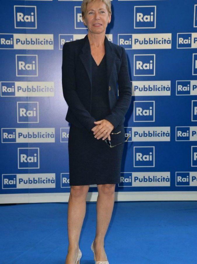 """Milena Gabanelli lascia Report. Il saluto su Facebook prima dell'ultima puntata: """"Mi mancherete… e volevo dirvelo"""""""