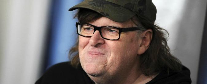 """Trump, la seconda profezia del regista Moore: """"Non arriverà a fine mandato"""""""