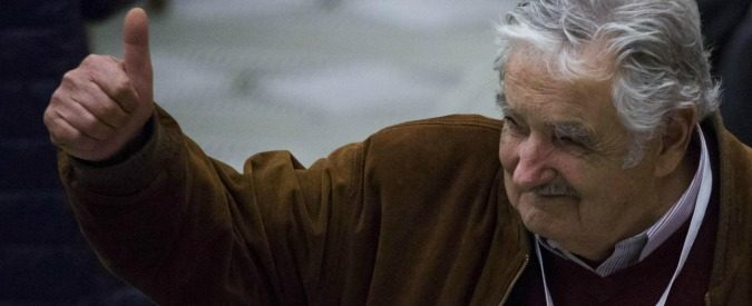 José Pepe Mujica a Modena, i consigli del maestro di vita al neoschiavo digitale