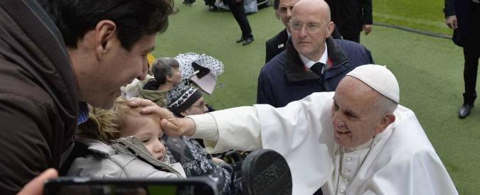 """Papa Francesco: """"Migranti, l'Europa non si deve spaventare. Ma i governanti abbiano prudenza per integrare bene"""""""
