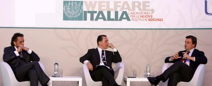 """Sanità, Calenda al convegno di Unipol tira la volata a welfare privato: """"Definiamo di cosa lo Stato continuerà a occuparsi"""""""