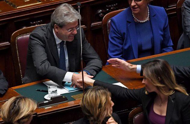 Il sottosegretario alla Presidenza del Consiglio si congratula con il presidente Paolo Gentiloni