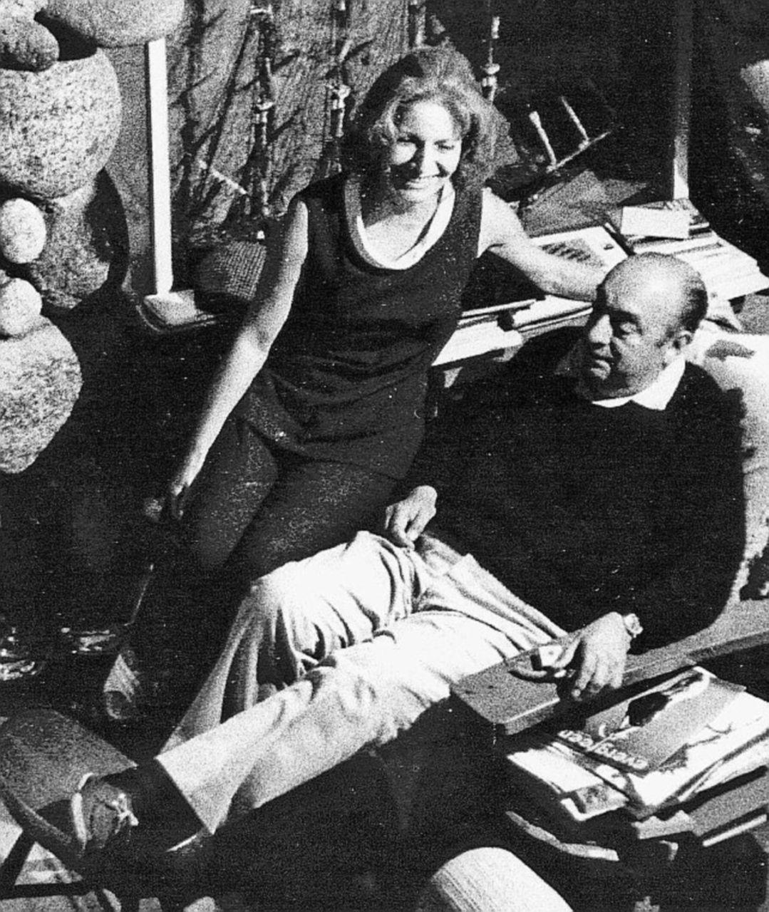 La prima luce di Neruda, una lezione sull'arte sempre nemica del potere