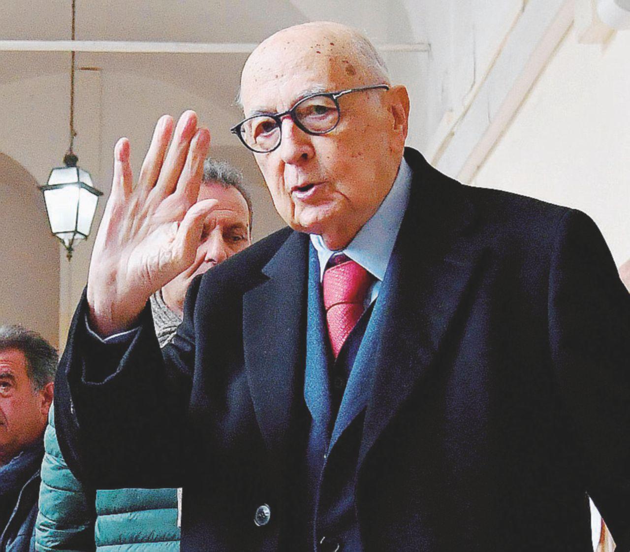 Re Giorgio, atto terzo. Dopo Monti e Letta ha fatto secco Renzi