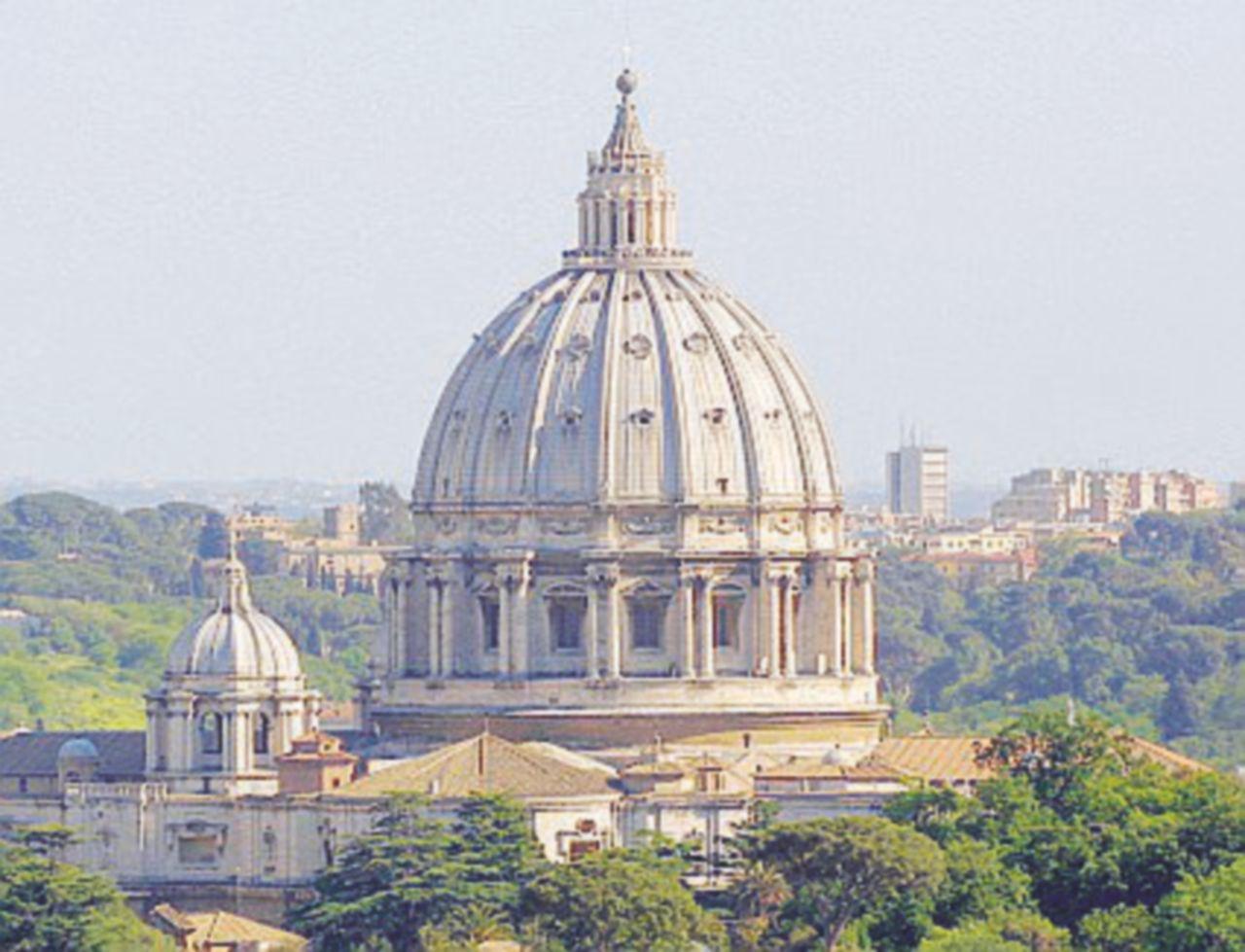 """Il Vaticano: """"Paese diviso"""""""