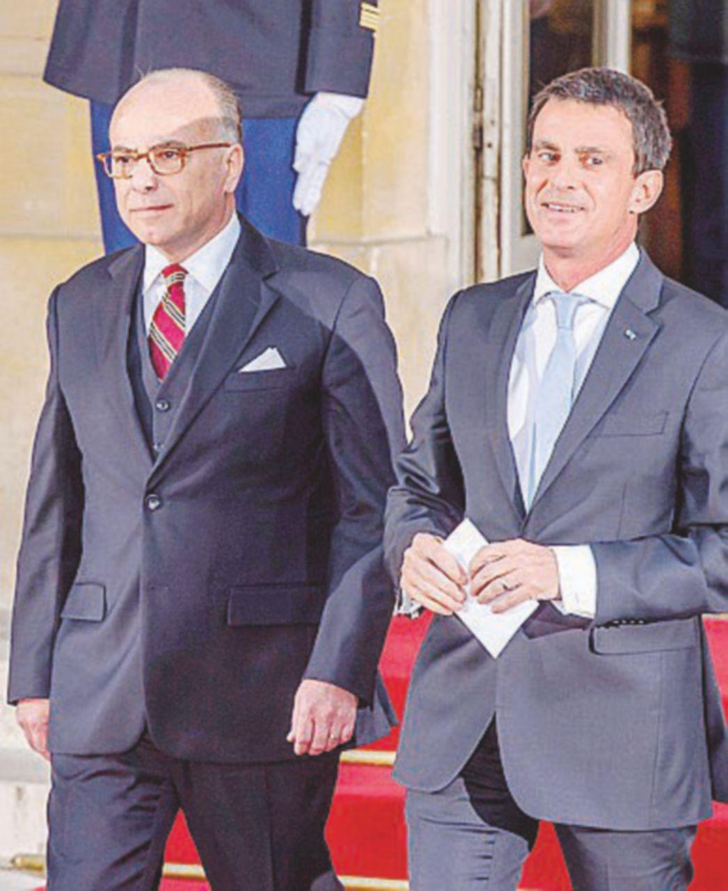Valls lascia il posto a Cazeneuve ma i sondaggi preferiscono Fillon