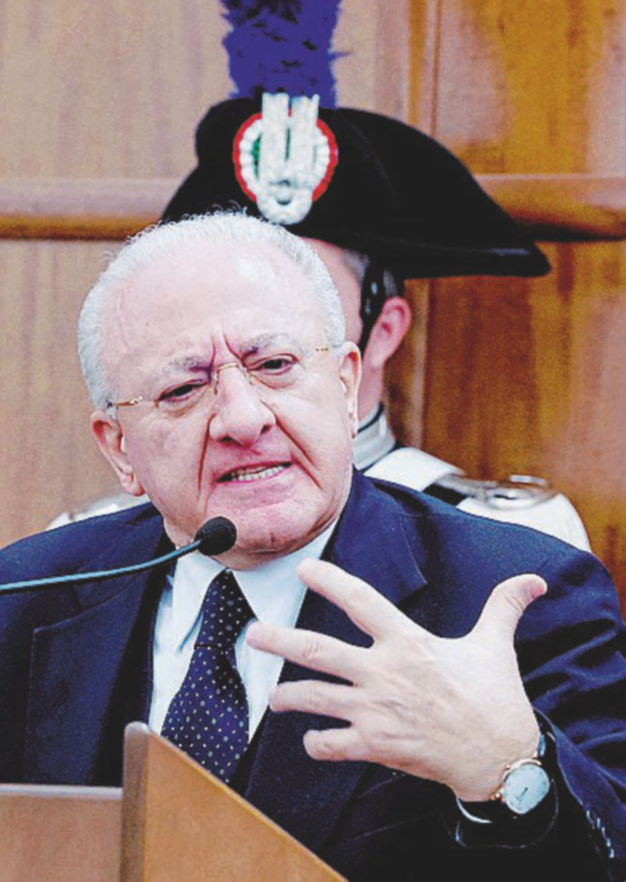 """Nel feudo di De Luca: """"Non volevamo farlo anche senatore"""""""