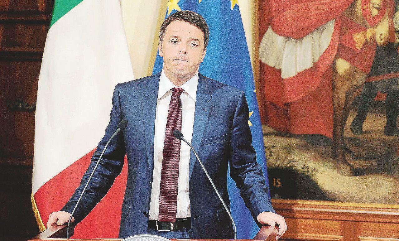 In Edicola sul Fatto Quotidiano del 8 dicembre: Renzi si dimette e imbavaglia il Pd (che l'ha mollato)