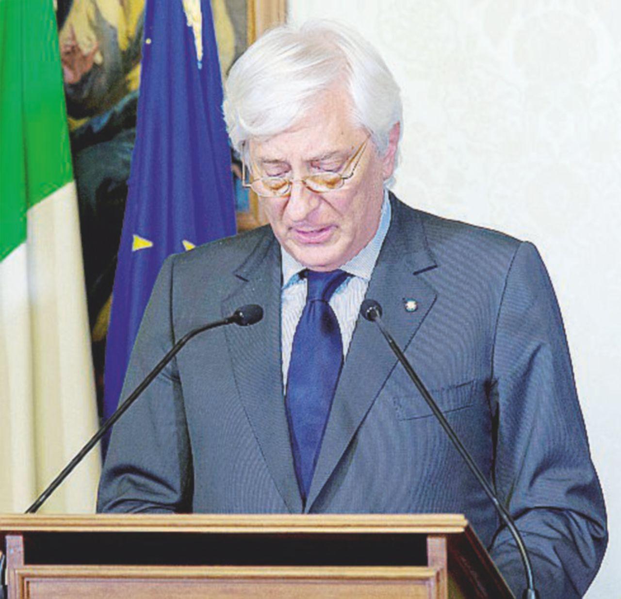Crisi di governo, Mattarella punta sulle consultazioni per chiarire le idee al Pd e superare la crisi (anche di Renzi)