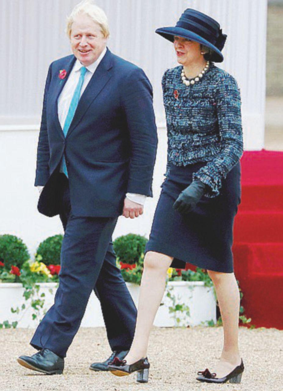 """Boris d'Arabia """"bombarda"""" Ryad. La May mette il suo ministro in castigo"""