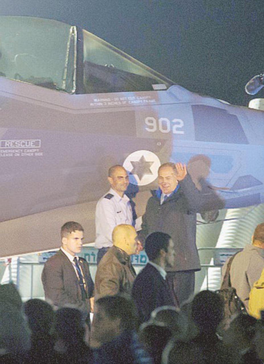Un solo tweet di Donald e i caccia F35 abbattono la Lochkeed Martin