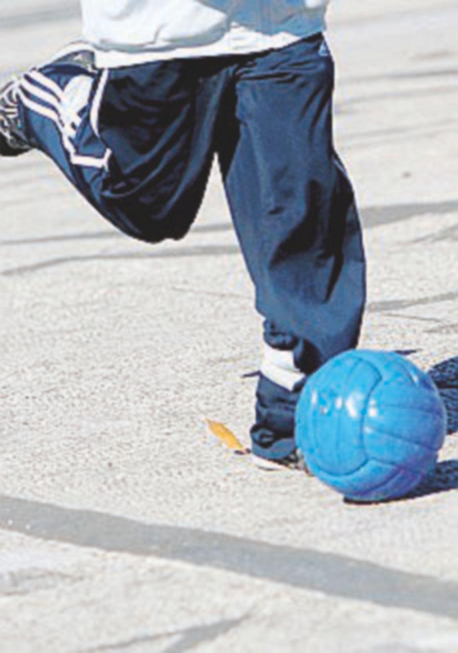 Violenza sui bambini, arrestato presidente di una società di calcio