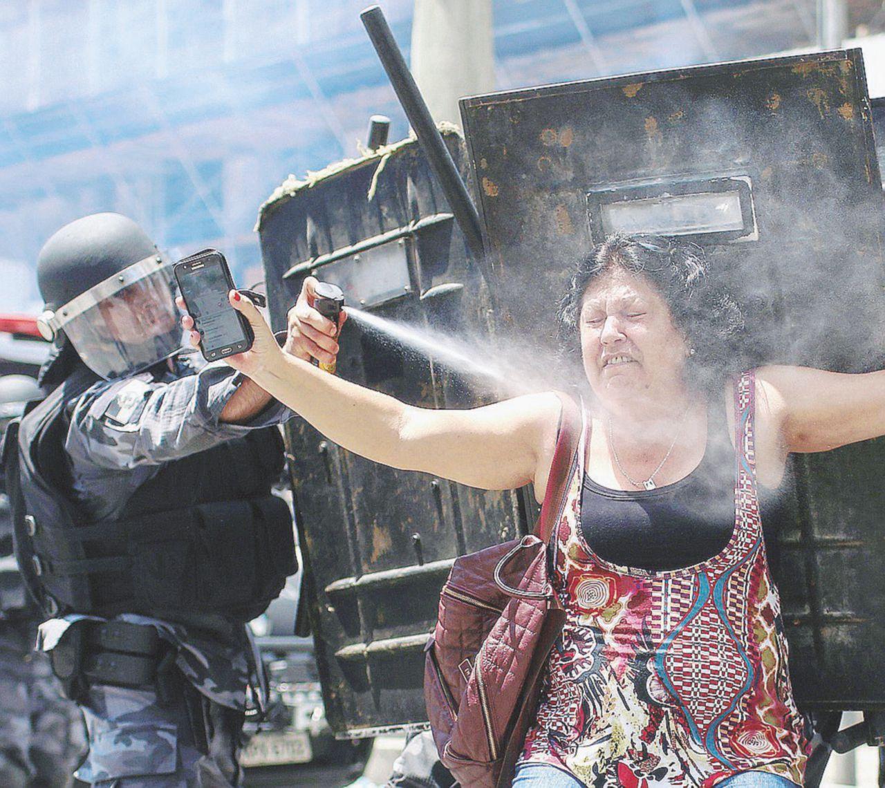 Violenze e corruzione: il governo Temer annaspa