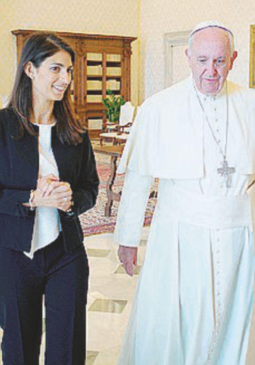 "Raggi si vanta, precisa il Vaticano: ""Mandata a tutti i sindaci"""