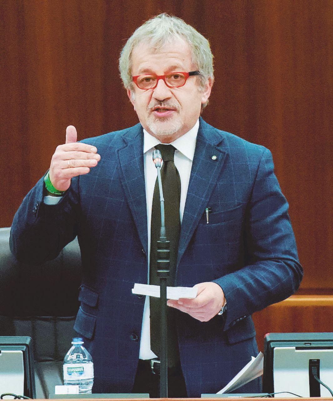 """Maroni: """"Il Sisde faceva dossier su partiti e politici"""""""