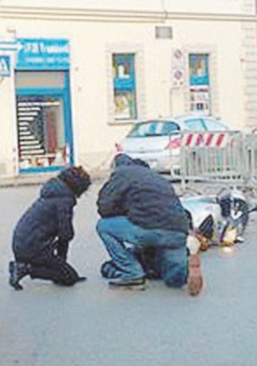Incidente per Agnese: scooterista finisce a terra