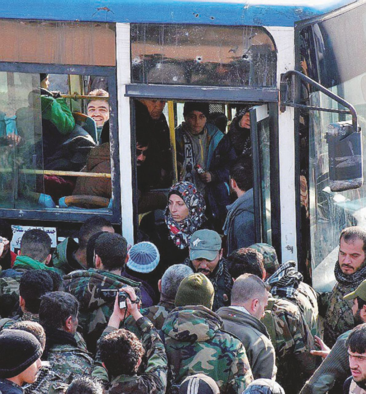 Prossima stazione Idlib, fra jihadisti di al Qaeda e ribelli
