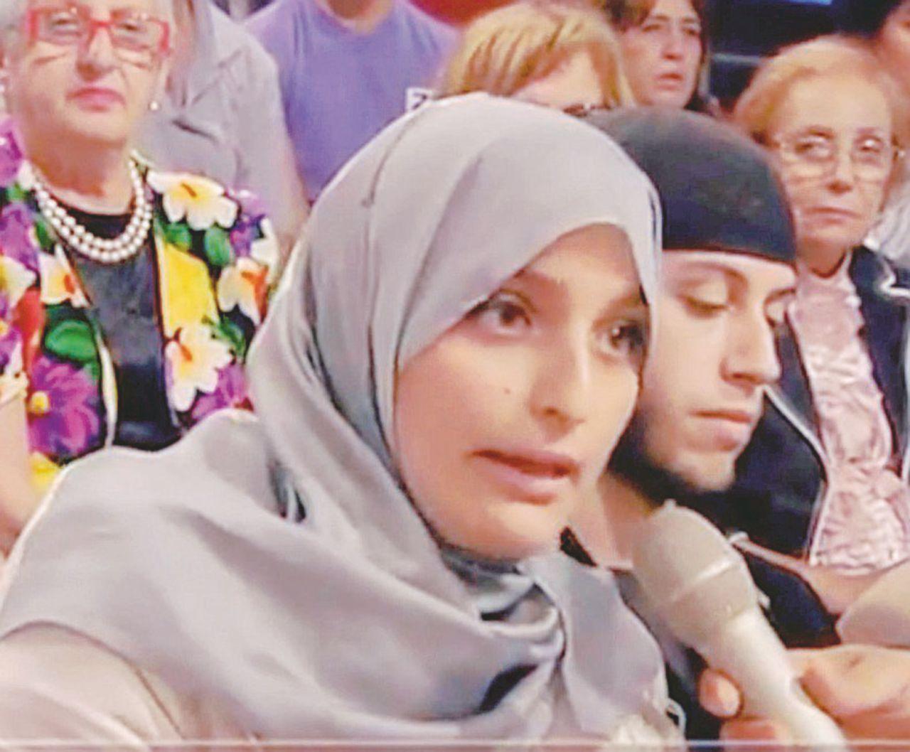 """""""Fatima"""" condannata a 9 anni di carcere. È la prima foreign fighter di casa nostra"""